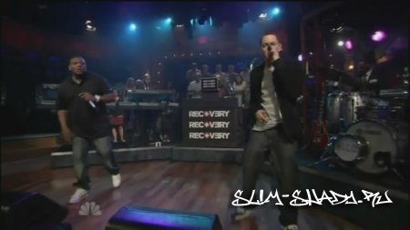 Eminem - Won't Back Down ft. The Roots Live Jimmy Fallon